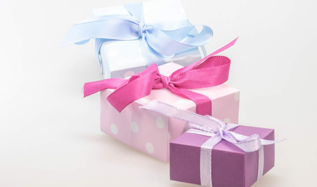 Boxes with bows and ribbons